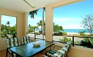 Mediterranean Yorkeys Knob Beachfront Apartments